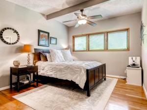1803 Exposition BLVD Austin TX-MLS_Size-013-Master Bedroom-1024x768-72dpi