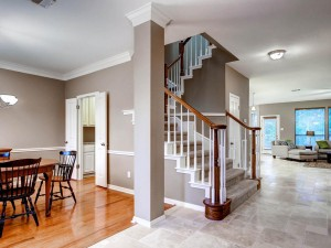 9105 Cottage Grove Pass Austin-MLS_Size-002-Foyer-1024x768-72dpi