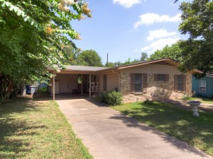 3204 Dolphin Dr Austin TX-MLS_Size-002-Exterior Front-1024x768-72dpi