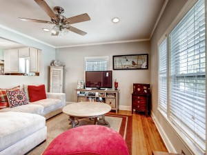 4532 Highland Terrace Austin-MLS_Size-014-Family Room-1024x768-72dpi